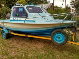 1984 Trim Craft Torado cabin boat