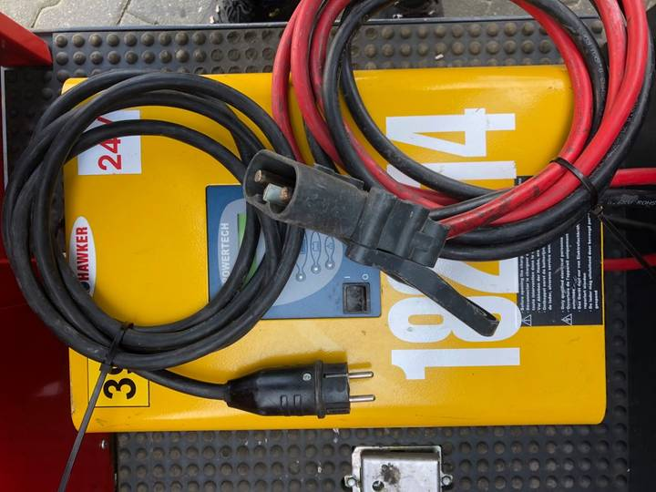 Jungheinrich EKS 110 L 100 E Pallettruck - image 22