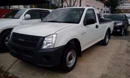 Isuzu Dmax 2009, 2500cc, manual, diesel, white,very clean