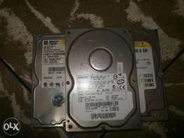 IDE hard disk and dvd/cd rom drives.