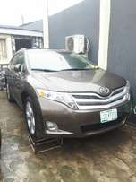 2010 Toyota Venza (Xtremely Clean)