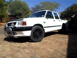 Ford Courier 302 (5.0) V8 Conversion