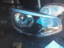 Good condition Genuine clean kia soul 2016 R.headlight for sale