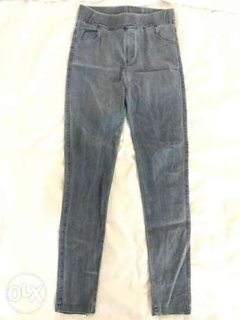 High waisted skinny jeans / jeggings