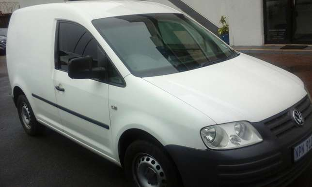 2009 VW Caddy 1.6 with a/c Phoenix - image 1
