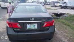 Lexus ES350, first body, used, complete document, buy and drive.