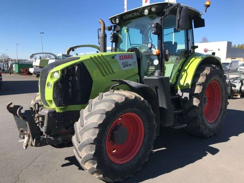 Claas Arion 620 - 2013