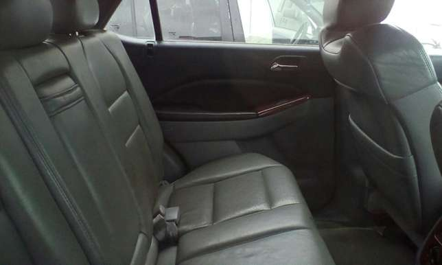 Neat 2006 Acura MDX Up for Grabs!!! Lagos Mainland - image 4