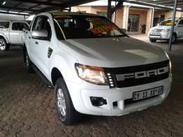 2014 Ford Ranger 2.2 XLT Double cab Manual 160000km Service History .