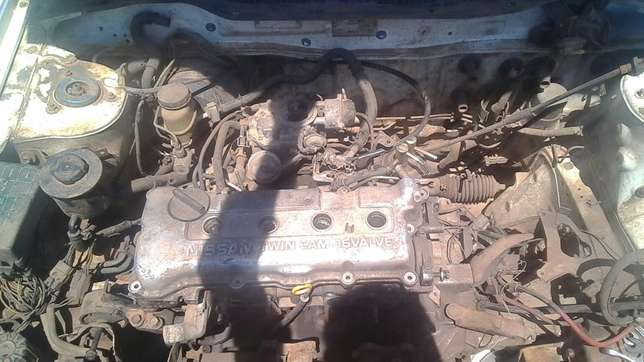 Nissan sentra striping for spares Onderstepoort - image 1