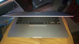 Apple MacBook Pro Retina Laptops Core i5 13inches 2.7Ghz,256GB,8gb