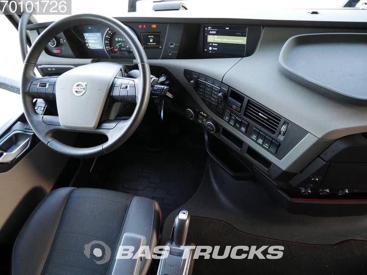 Volvo FH 500 XL 4X2 VEB+ Retarder Euro 6 - 2017 - image 8