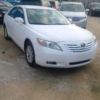 Tokunbo 2007 Toyota Camry LE - Snow White!