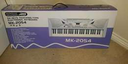 Imported new piano keyboards 61keys at only 13500