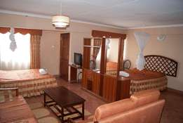 Executive Holiday Apartments next to Serena Hotel with Gym