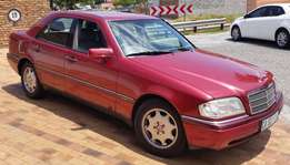 immaculate Automatic Mercedes Benz C220 Elegance
