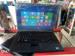 Clean London used dell with 4gb