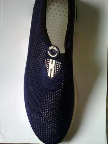 Summer New Breathable Flying Shoes. Ikeja - image 1