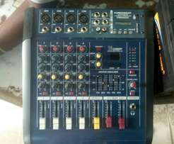 4channels powered mixer
