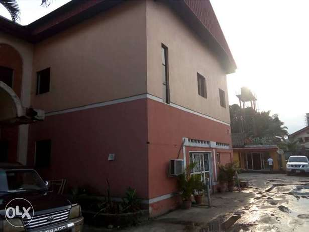 Standard hotel at GRA Phase 11, on Woji road up for sell Port Harcourt - image 6