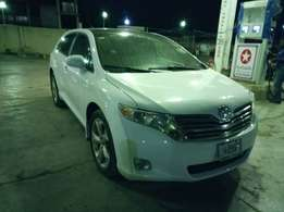 Cleanest Toyota Venza 2011 Full options