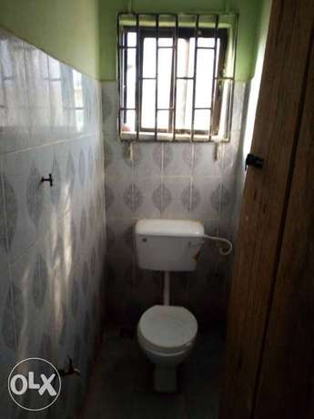 To let: A newly built room self con in oda rd Akure Akure South - image 1