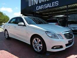 2010 Mercedes-Benz E250 Blue efficiency Avantgarde Auto R189 900