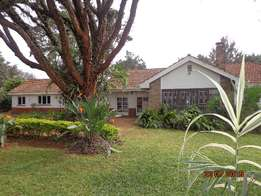 Impressive 3bedroomed bungalow plus study and 2dsq. Set on 0.5acre