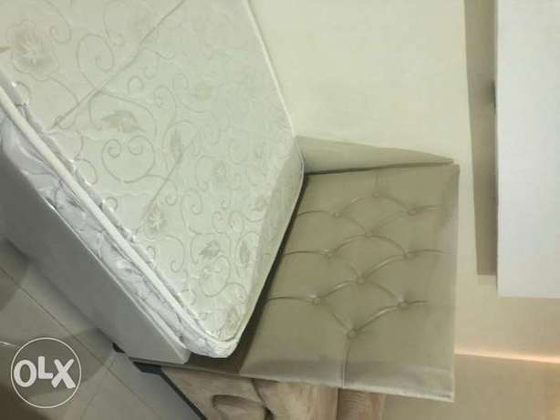 single bed with free mattress الرياض -  1