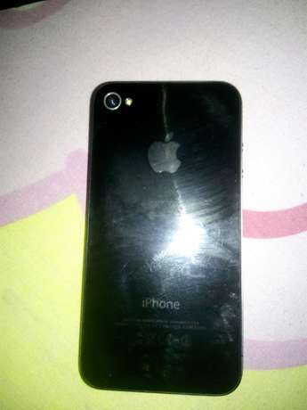 Selling clean iPhone 4s South B - image 2