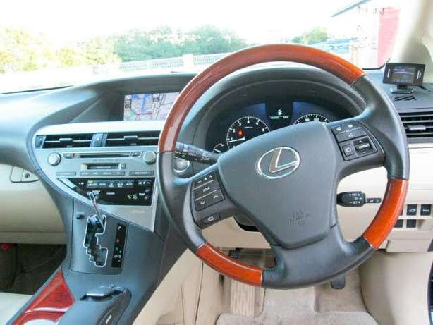 Fully loaded Toyota Lexus RX 350 Mombasa Island - image 2