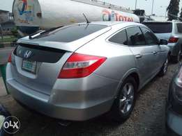 super clean crosstour 2010 model just like toks