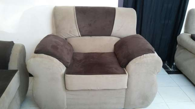 5 seater Harambee - image 4