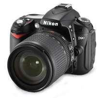 Nikon D90 Camera body with 18-55 mm lens