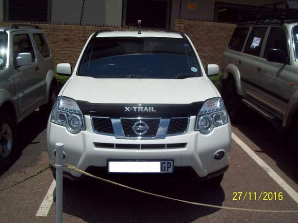 2012 Nissan X-Trail 2.5 SE 4X4 , 6 Speed Manual Pretoria - image 1