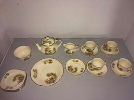 Alfred Meakin made in England Tea Set