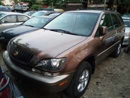 Toks 2000 Lexus RX300 Brown Colour