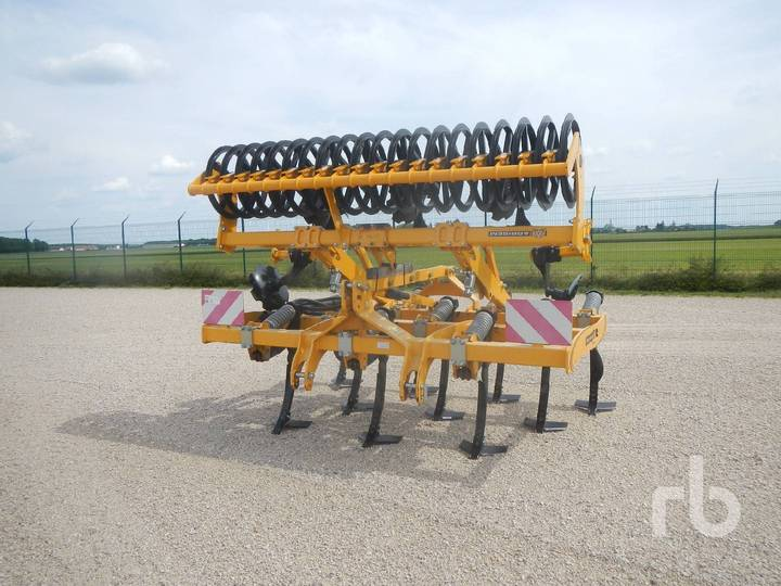 Agrisem AGROMULCH GOLD 3 m 3 Row S-Tine Medium Duty - 2016