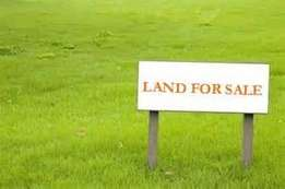 1 acre for sale in Kilimani at 450M