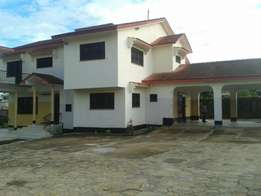 Own compound 4 bed Nyali