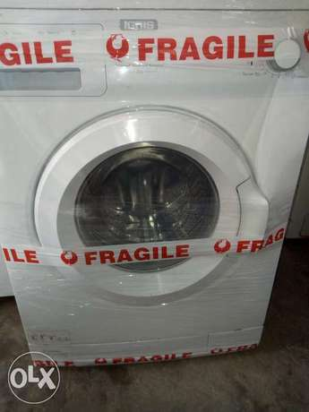 Washing machine Surulere - image 1