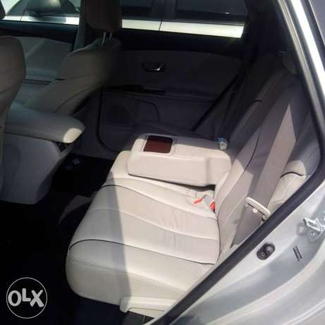 An ultra clean toks 2009 toyota venza for sale Ikeja - image 3