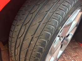 Looking for 14 or 15 inch wheel with tyre