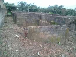 Uncompleted building to roofing level with genuine document in ikorodu