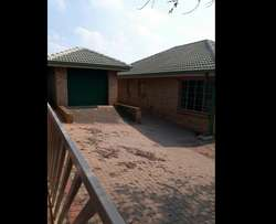 House to rent in highveld park