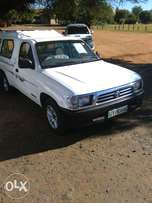 2.4 Diesel Toyota Hilux Raider 2002 year model