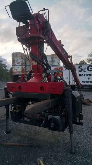 Jonsered J1300R                    J1300R loader crane - 2002