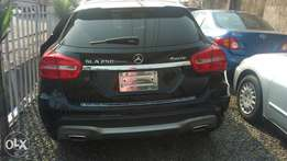 Mercedes Benz 4matic 2015