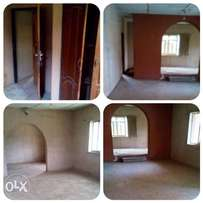 spacious 3 bedroom flat up for rentage