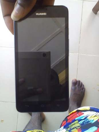Very clean huawei android phone for sale or swap call 081,0011,8687 Ilorin - image 1